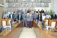 Câmara Municipal premia 6 profissionais da segurança com Título de Policial Padrão