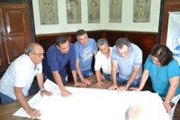 Câmara presente na assinatura do contrato para reforma e montagem do Centro Cultural Estação das Artes