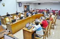 Sessão de 11/12/17 – Câmara aprova 17 documentos na última reunião ordinária do ano