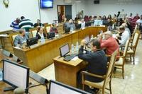 Vereadores aprovam projetos que concedem reposição de 4% aos servidores municipais