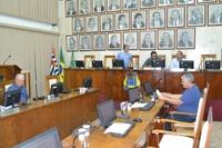 Câmara de São João realiza sessão extraordinária e aprova os 8 documentos da pauta