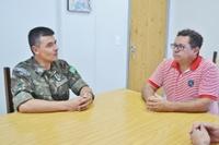 Novo chefe de instrução do Tiro de Guerra visita a Câmara de São João