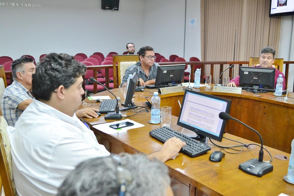 Sessão de 21.11.18 – Vereadores aprovam gratuidade em qualquer vaga na Zona Azul para idosos acima de 75 anos