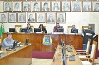 Vereadores realizam sessão extraordinária e aprovam todos os documentos da pauta