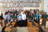 Aprendizes vinculados ao CIEE conhecem funcionamento da Câmara Municipal