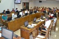 Câmara aprova mudança no tempo de atendimento e uso obrigatório de senha nos bancos