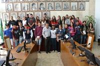 Estudantes do Ensino Médio visitam o Legislativo e aprendem sobre o funcionamento da Casa de Leis
